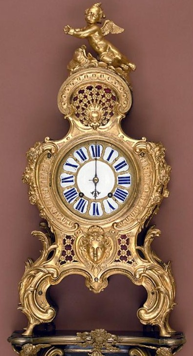 Mantelpiece Clock Re Membering Marie Antoinette An