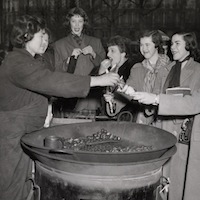 thumbnail Smith students eating chestnuts in Paris 1950 photo from the Smith College Archives