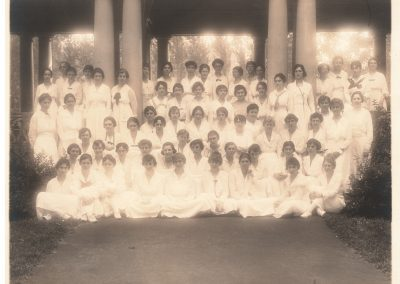 1919 Class and summer students