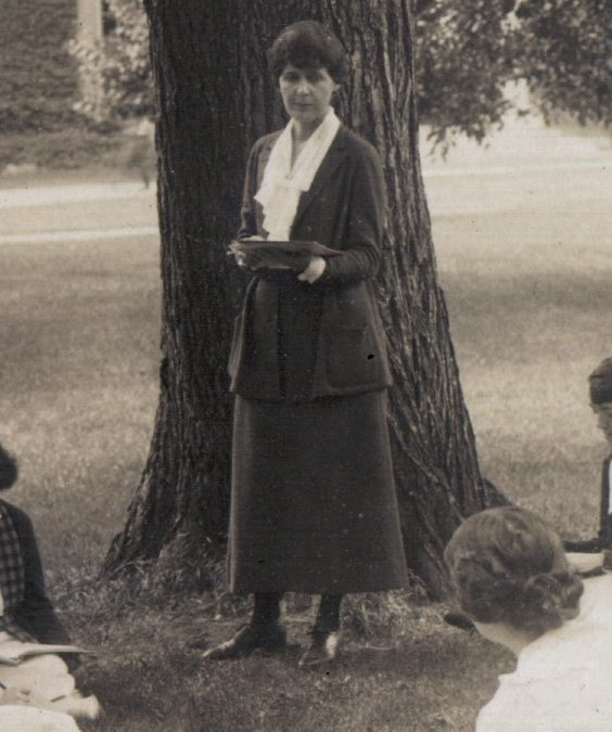 The Social Syndrome Alumnae Newsletter, 1920-27