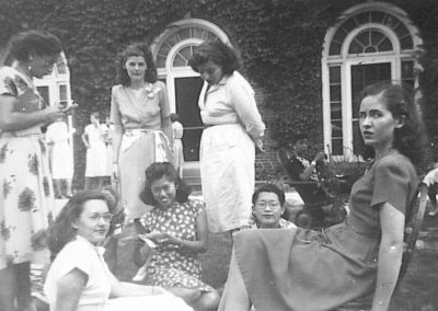 1947 or 49 Candid interracial group with international students 60 1315
